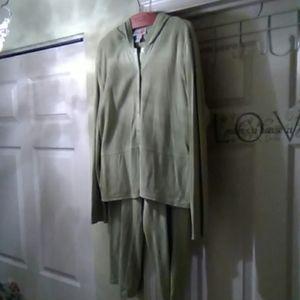 Style & Co jogging suit